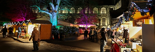 UK_Incentive_to_Winchester_Christmas_Market.jpg