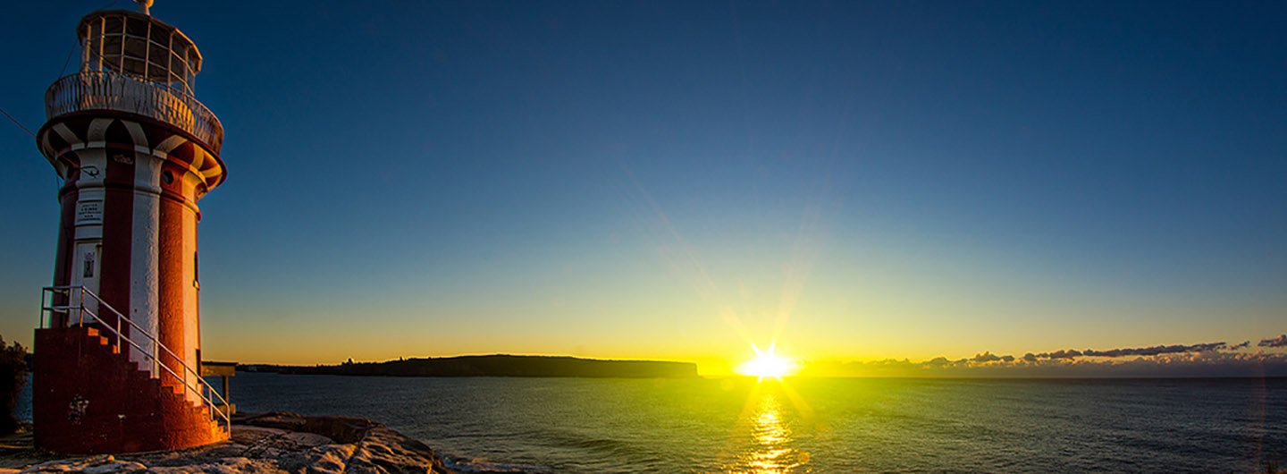 Sunrise_Hornby_Lighthouse_Watsons_Bay_Australia.jpg