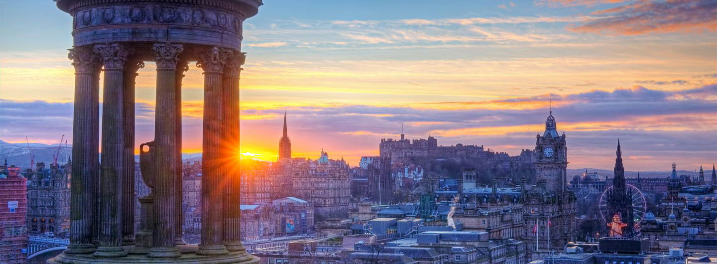 Sunrise_calton_hill_edinburgh.jpg